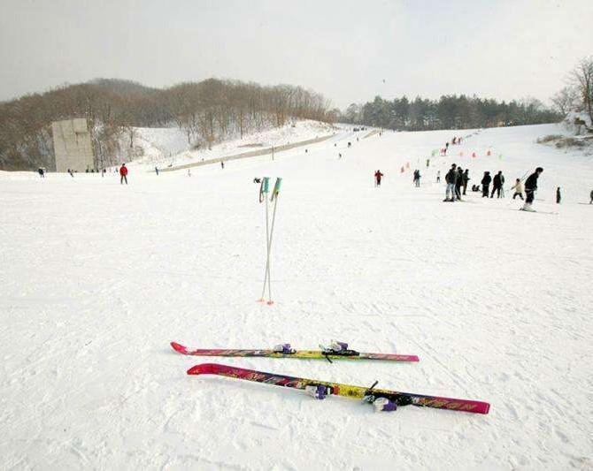甘肃庆阳 · 陇东滑雪场